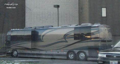09-05-16 Bus